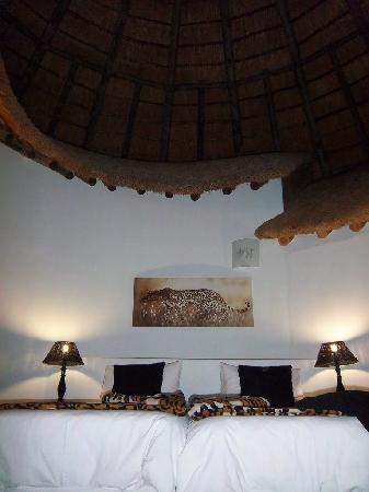 Sabie River Bush Lodge : Inside our Roundavel style room