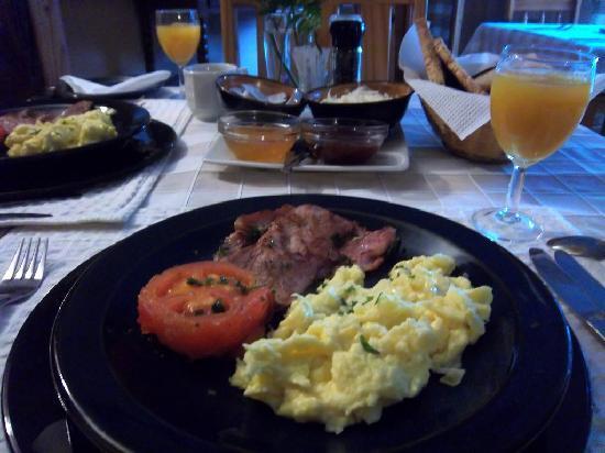 Hartbeespoort, Republika Południowej Afryki: South African breakfast