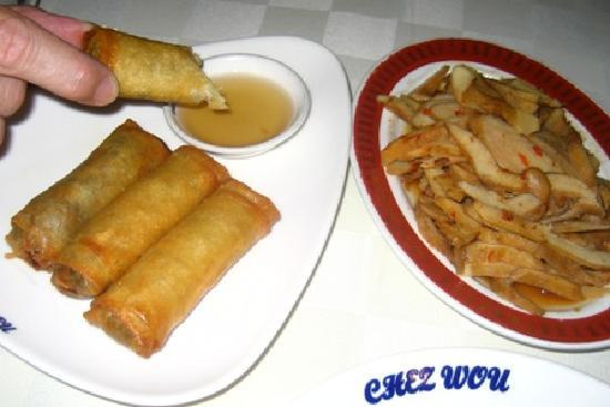 Chez Wou : spring rolls and lambi starter