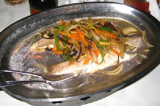 Chez Wou : steamed fish