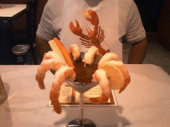 Crab Hut: shrimp cocktail