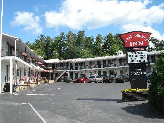 The Lake George Inn照片