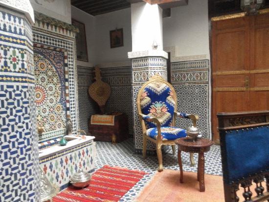 Dar Warda : The inside of the Riad.