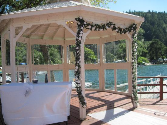 The Lodge at Blue Lakes : The Wedding Gazebo