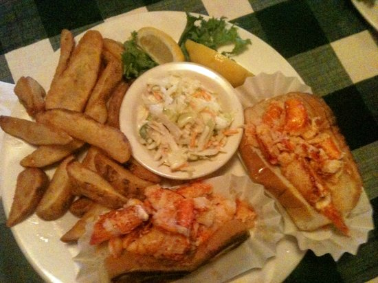 "Seven Seas Restaurant: ""Double"" Lobster Rolls @ 7 Seas"