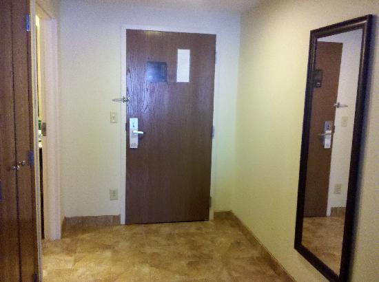 La Quinta Inn Grove City: entryway