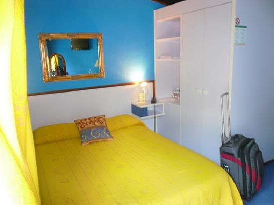 Hotel Le Mas des Lilas : picture of the room