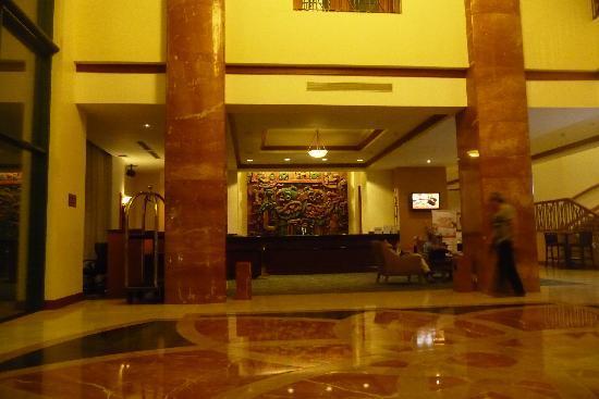 Tegucigalpa Marriott Hotel: The Lobby