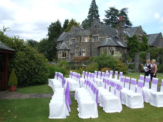 Cragwood Country House Hotel: cermony set up