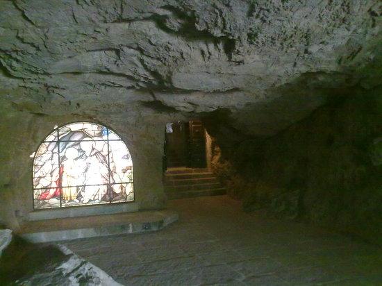 entrada a la hermita de san saturio,soria
