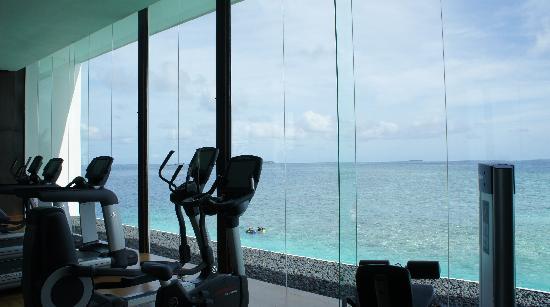 Jumeirah Dhevanafushi: gym