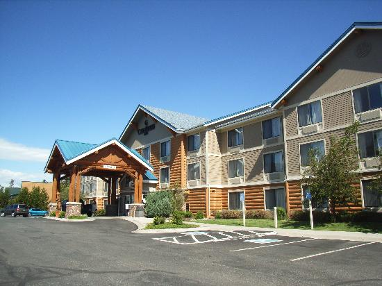 ClubHouse Inn West Yellowstone: Hotel von aussen