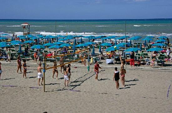 Cieloverde Camping Village: il Beach volley!!