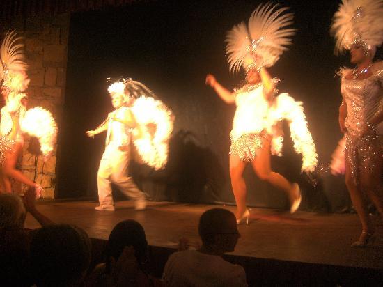Hisaronu, ตุรกี: The show