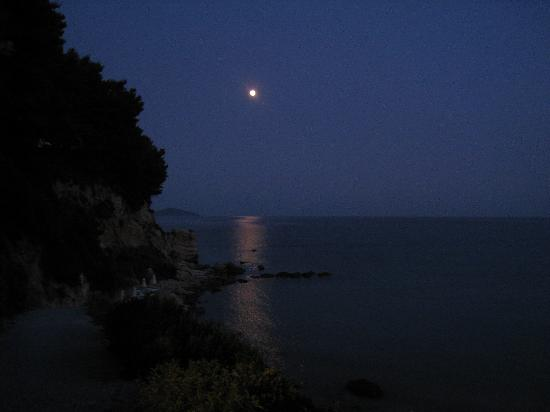 Luna Sul Mare Di Chrisi Milia Picture Of Alonissos Beach Bungalows