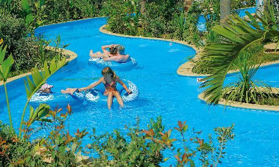 Olympic Lagoon Resort: Lazy River