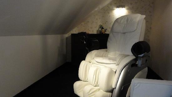 Hotel Savoy : Excellent massage chair