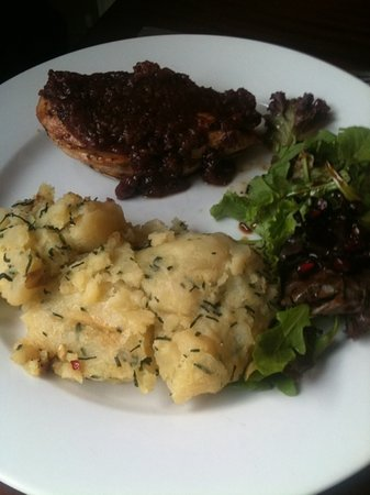 Pomegranate: honey chicken & delicious mash