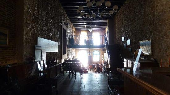 Delfini Hotel: Pastopeeon Restaurant inside