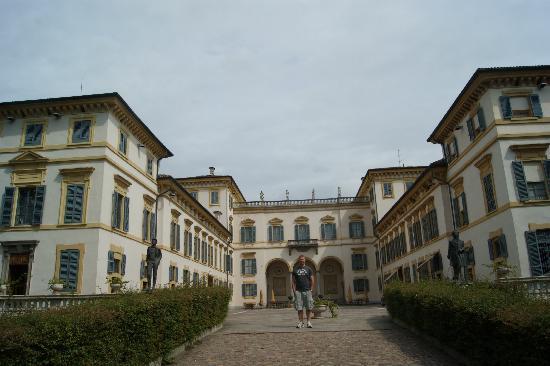 Hotel Villa San Carlo Borromeo: Outside
