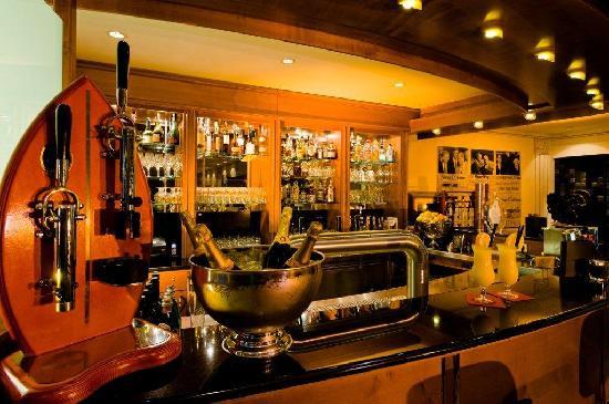 EKKOs Kultur- und Tagungshotel: Orange Bar