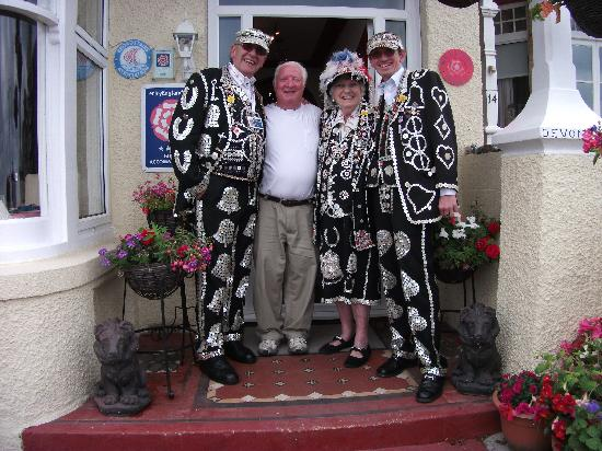 The Devonhurst : The pearlies with the owner