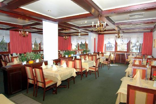 ParkHotel Kirchberg: Restaurant
