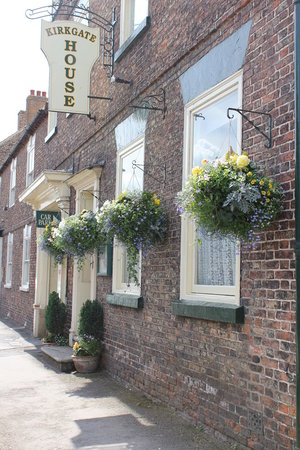 Thirsk, UK : A Welcoming Frontage