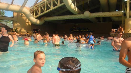 Wilderness Resort: wave pool near Wilderness Hotel