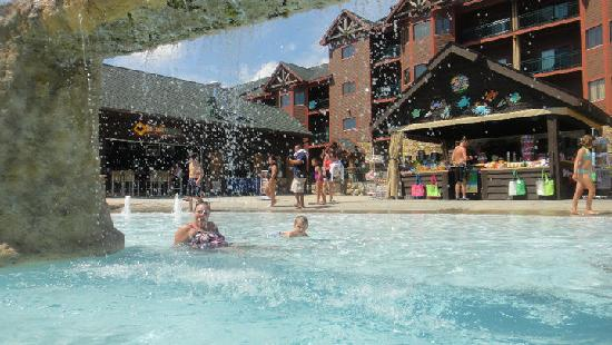 outlet of lazy river at Glacier Canyon - Picture of Wilderness
