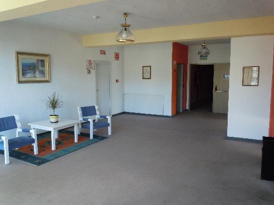 Hi! Gardenia Park Hotel: Floor 7 lift lobby