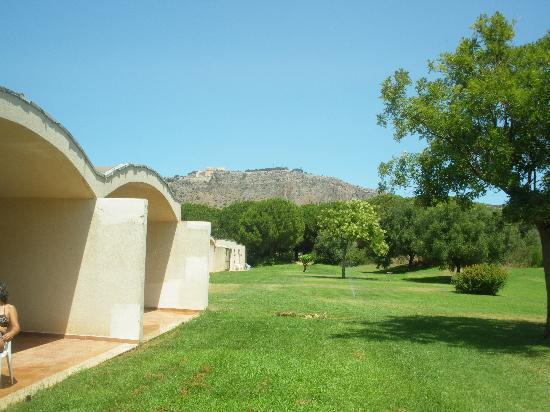 Club Alicudi Hotel : vue depuis jardin chambre