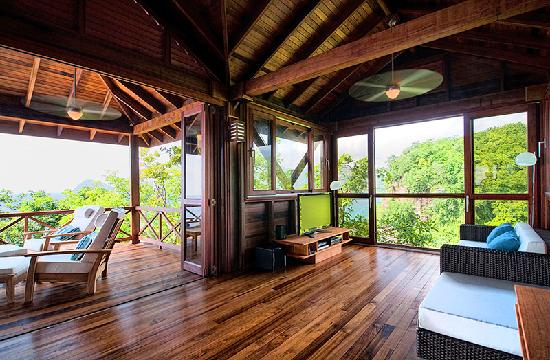 Secret Bay: Zabuco Villa Living