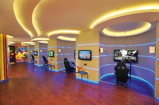 Olympic Lagoon Resort: Teenz Club