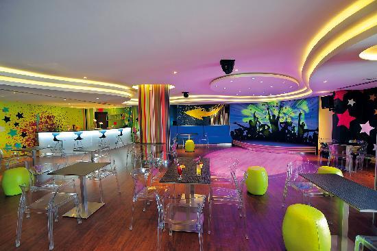 Olympic Lagoon Resort: Teenz Cool Club