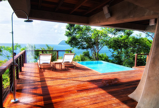 Secret Bay: Zabuco Villa outdoor shower and pool