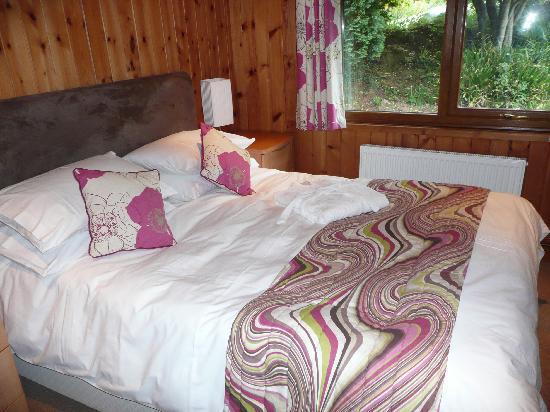 Sandymouth Holiday Resort: double bedroom groundfloor