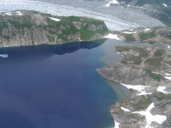 Alaskan Fishing Adventures Accommodation: Glacier and lake as seen from the air heading to Big River Lake.
