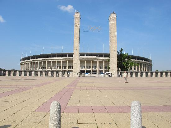 The Berlin Experts- Walking Tours: Olympic Stadium