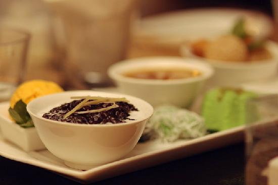 Sarong Restaurant: Dessert Platter