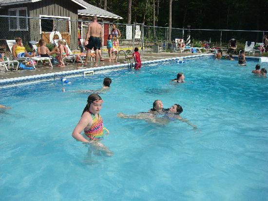 Papoose Pond Family Campground & Cabins: the pool