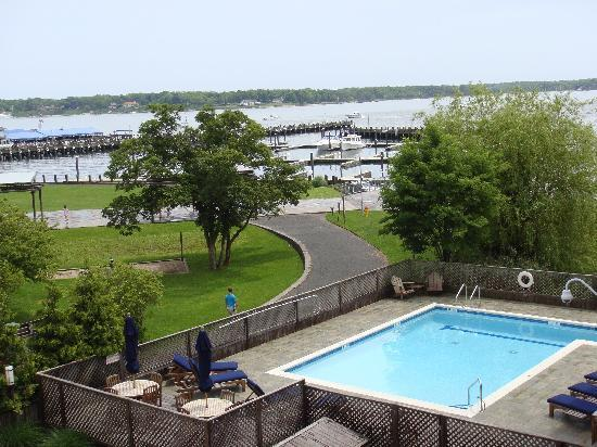 Harborfront Inn at Greenport: View from room