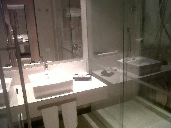 Radisson AR Hotel Bogota Airport: bathroom