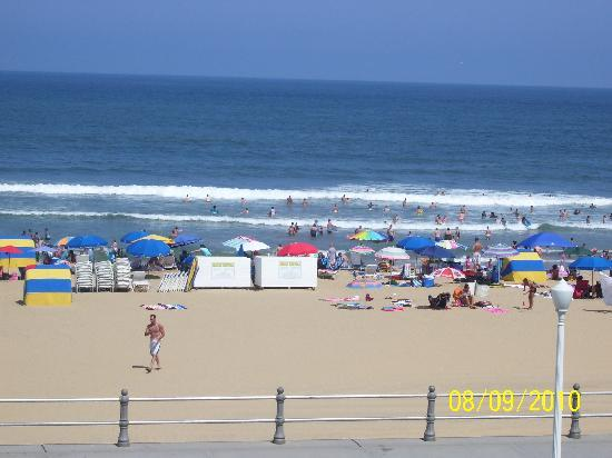 Travelodge Suites Virginia Beach Oceanfront: HOTEL VIEW