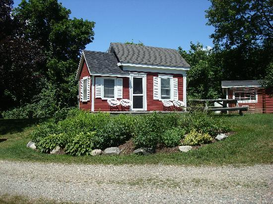 Pride Motel & Cottages: cottage 10