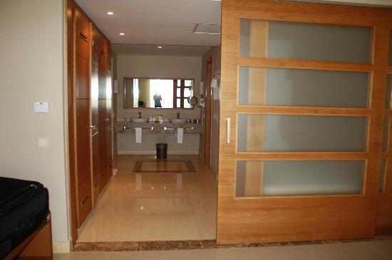 Secrets Royal Beach Punta Cana: Bathroom