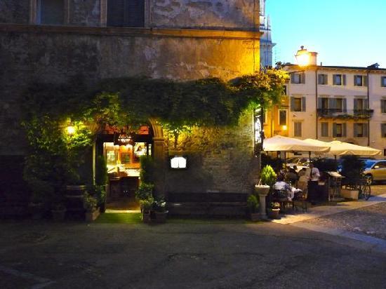 Antica Torretta: A last backward look as we left