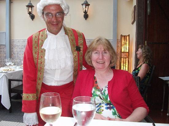 Restaurante Mozart: Mozart & wife (mine)