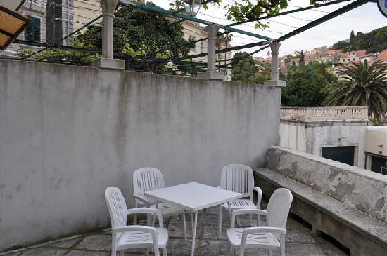 Apartment & Room Lukre: Terrace, without breakfast