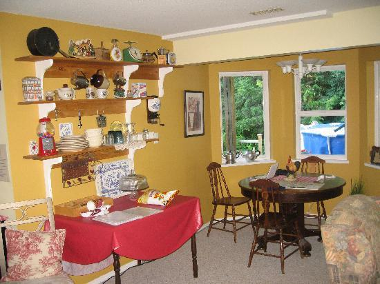 Wyndhaven Cottage Bed and Breakfast. : lounge area